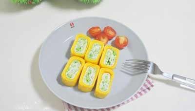 trứng cuộn pho maitrứng cuộn pho mai